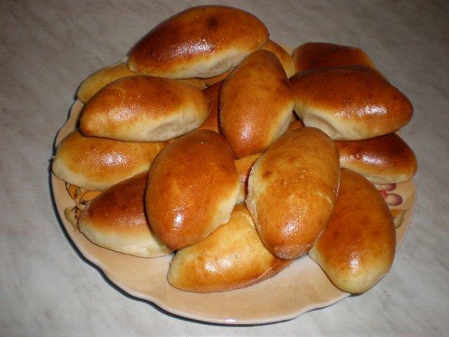 Пирожки дрожжевое тесто с начинкой в духовке рецепт с фото